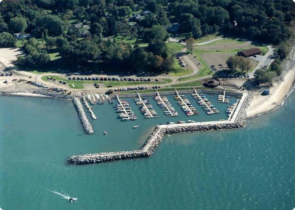 Aerial of Sturgeon Point Marina